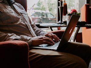 データ入力は安定収入が得られるコツコツワーク