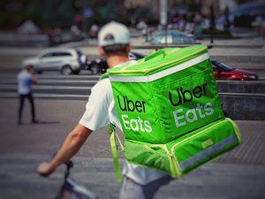 Uberドライバーは副業として魅力満点!その理由とは