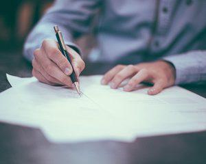 会社設立登記の必要書類は?申請方法についても説明