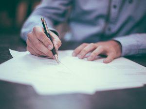 会社設立時にスタートアップが理解しておくべき契約書のポイント